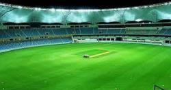 افغا ن کھلاڑی محمد شہزاد پشاور میں پریکٹس کرتے پکڑے گئے