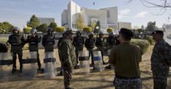سپریم کورٹ حرکت میں آگئی ، پاکستان کے اہم ترین رہنما نااہل قرار ۔۔ دوبارہ الیکشن کروانے کا حکم