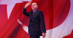 ترکی میں حکمراں جماعت کے تین سابق وزراء نے پارٹی کی رکنیت سے استعفا دے دیا