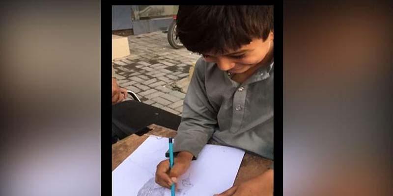 ننھے پاکستانی آرٹسٹ نے اپنی صلاحیتوں سے سب کو دنگ کردیا