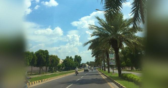 عید الاضحی کی چھٹیاں: لاہور سے نوے فیصد پردیسیوں کا انخلاء مکمل ہوگیا