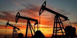 امریکہ میں خام تیل کے نرخوں میں فی بیرل کتنی کمی گئی؟ جانئے