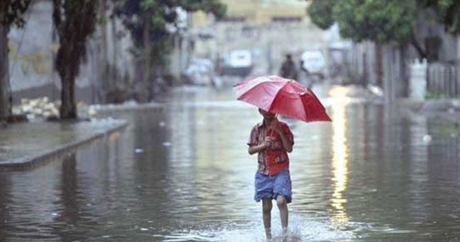 مختلف علاقوں میں بارشوں سے گرمی اور حبس کی شدت میں کمی