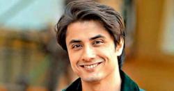 طیفا ان ٹربل میں مرکزی کردار کیلئے مایہ علی کی بجائے ہانیہ عامر پہلی ترجیح تھی، علی ظفر