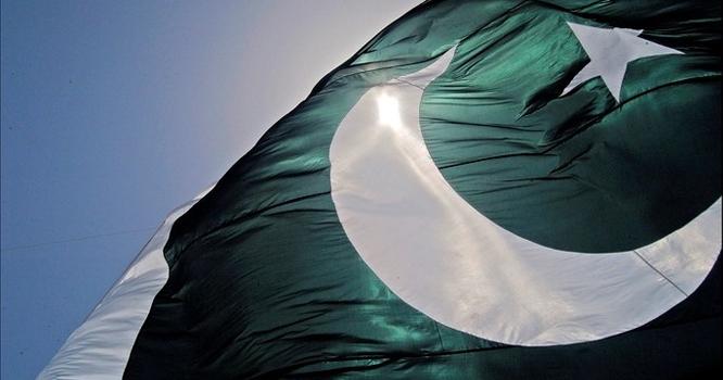 پاکستان کے بڑے شہر میں 2جہاز آپس میں ٹکرا گئے ، ریسکیو آپریشن شروع کر دیا گیا