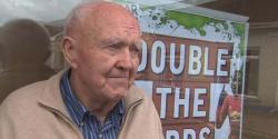 83 سالہ دادا جی کے ہاتھوں مسلح چوروں کی پٹائی، بھاگنے پر مجبور کردیا