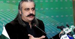 پی ٹی آئی حکومت میں ہی کشمیر کے مسئلے کو حل کر لیا جائے گا ، علی امین گنڈا پور