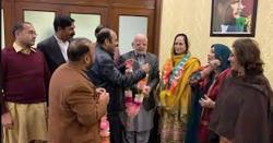 مسلم لیگ ن کی سابقہ ایم پی اے شگفتہ شیخ تحریک انصاف میں شامل