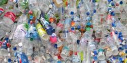 وزارت ماحولیاتی تبدیلی کا ضبط کیے گئے پلاسٹک کو ری سائیکل کرنے کا فیصلہ