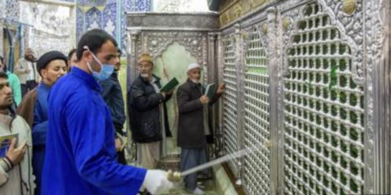 ایران میں کرونا کے سبب مذہبی مقامات پر پابندیاں عائد ، نماز جمعہ کا اجتماع معطّل