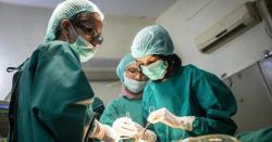 افغان مہاجر ڈاکٹر سلیمہ رحمان کون ہیں اور پاکستان میں کیا کررہی ہیں؟