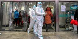 امریکا کے بیماریوں سے بچاؤ اور تحفظ مرکز کے سربراہ نے آئسولیشن اختیار کر لی