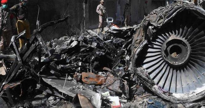 کراچی طیارہ حادثہ،کاک پٹ وائس ریکارڈر جائے حادثہ سے مل گیا، سنسنی خیز انکشافات