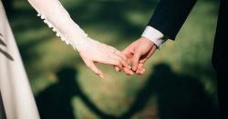 خوشیاں منانے کی آزادی دو شادی ملتوی ہونے پردلہنوں کااحتجاج