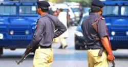 پشاور میں قتل کی لرزہ خیز واردات ، تین افراد کی جانیں چلی گئیں