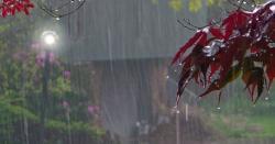 کراچی میں موسلادھار بارش،شہرقائد کی  سڑکيں تالاب بن گئيں، بارش کتنے دن جاری رہےگی؟