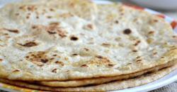 تبدیلی کا وار، عوام بے حال، روٹی کی قیمت میں 5 روپے کا اضافہ،اب روٹی کتنے کی ملنےوالی ہے؟ جانیے