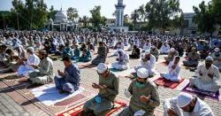 ملک بھر میں عید الاضحیٰ مذہبی جوش و خروش سے منائی جا رہی ہے، وزیر اعظم اور صدر مملکت کے خصوصی پیغامات
