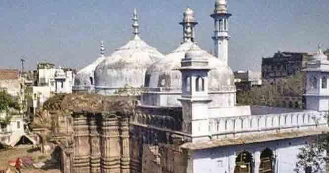 مسلمانوں کوختم کرنیکامنصوبہ ،ہندو توا کی گھناؤنی سازش سامنے آگئی  بابری مسجد کے بعد شاہی عید گاہ مسجد پر مندر کی تعمیر کیلئے درخواست دائر