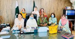 مظفرآباد،چئیرپرسن خان آف منگ ویلفیئرٹرسٹ وڈپٹی جنرل سیکرٹری پی ٹی آئی خواتین ونگ خولہ خان نے پی ٹی آئی کی انتخابی مہم تیزکردی