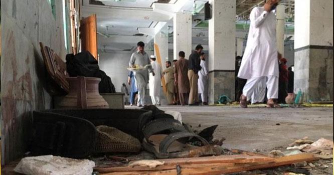 پشاور مسجد میں دھماکہ ، 7شہید ، 70سے زائد زخمی ، دھماکے سے قبل لوگوںنے دیکھا کہ ایک شخص بھاری بھرکم ۔۔۔! سنسنی خیز انکشافات