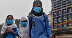 کورونا کی تباہ کاریاں۔۔۔ پشاور میں سکولز بند کرنے کا حکم ۔۔والدین اور بچوں کیلئے بری خبر