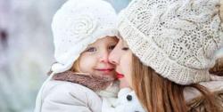 چھوٹے بچوں کو ٹھنڈے موسم سے محفوظ رکھیں