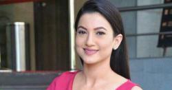 گزشتہ دنوںشادی کے بندھن میںبندھنے والی اداکارہ گوہر خان کی ایسی تصاویر منظر عاپر کہ مداحوںنے سوشل میڈیا پر طوفان برپا کر دیا