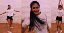 بھارتی کرکٹرکی بیوی کی بولڈ ویڈیو وائرل ہو گئی،سوشل میڈیا پر ہنگامہ برپا۔۔