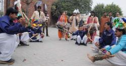 سیاسی درجہ حرارت بڑھنے لگا،چوہدری جہانگیر اکبر کی حلقہ میں کامیاب انٹری مشاورتی جلسہ میںلوگوں کاجم غفیر