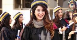 طلبا کا احتجاج رنگ لے آیا ۔۔۔ پشاور کے نجی یونیورسٹی نے امتحانات ملتوی کردئے