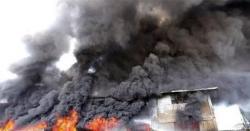 نیو کراچی، گتہ فیکٹری میں آگ بھڑ ک اٹھی،دودیگرفیکٹریاں بھی متاثر