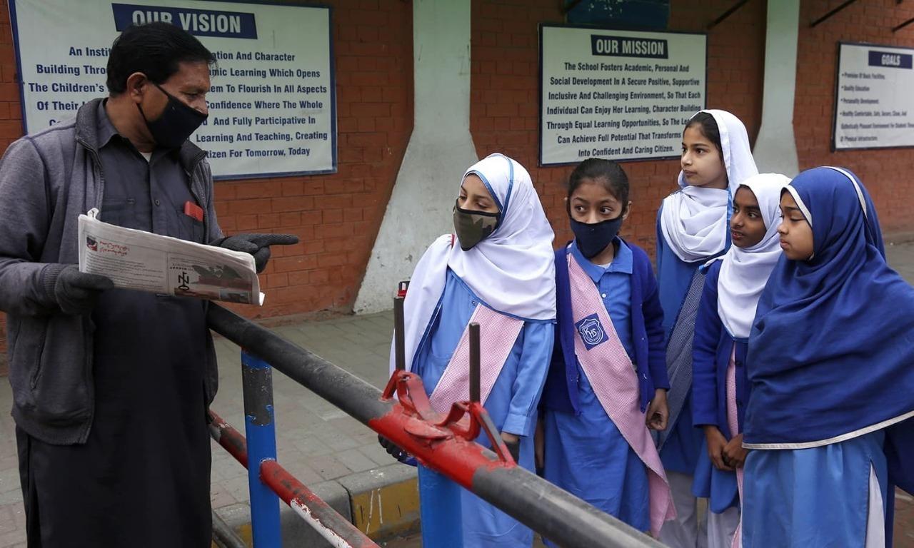 وفاق اور صوبوں کا تعلیمی ادارے کھولنے کا اعلان