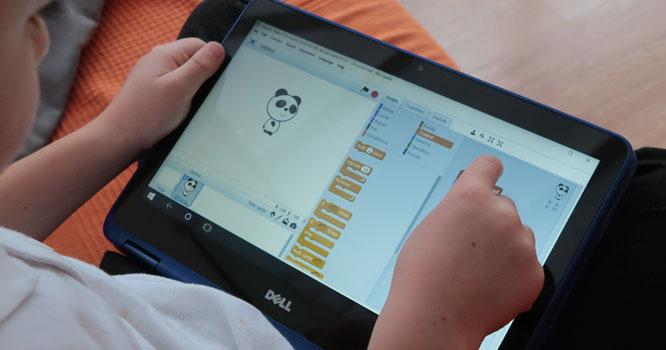 بچوں کے ٹچ اسکرین استعمال کرنے کا ایک اور نقصان سامنے آگیا