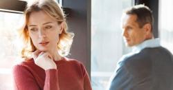 محبت میں جب عورت ناراض ہو اور مرد اسے منانا چھوڑ دے تو سمجھ جاؤ کہ وہ عورت؟؟