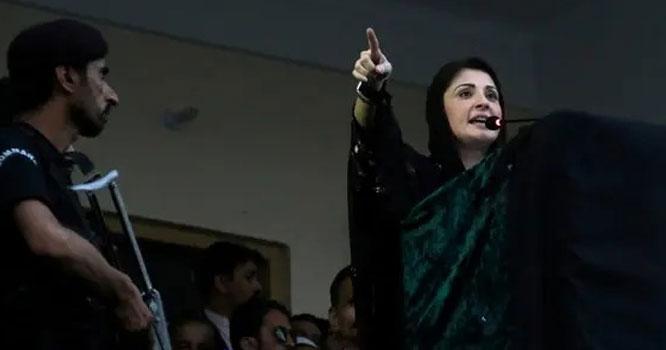 عمران نیازی اپنے غنڈوں کو لگام ڈالیںورنہ۔۔۔ن لیگی رہنمائوںکیساتھ پیش آئے واقعہ کے بعد مریم نواز پھٹ پڑیں