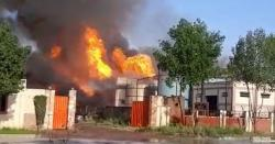 رائیونڈ:کیمیکل فیکٹری میں آتشزدگی،9ملازمین نے دیواریں پھلانگ کر جان بچائی