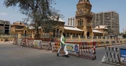 کراچی میں لاک ڈاؤن۔۔ ٹرانسپورٹ پربھی پابندی۔۔۔ وزیرصحت سندھ کے اعلان نے عوام پر بجلیاں گرادیں