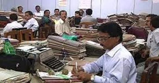 بلوچستان کے سرکاری ملازمین کا تنخواہیں بڑھانےکےلئے بہت بڑا احتجاج