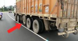 ٹرک کے بیچ میں ایک ایسا ٹائر کیوں ہوتا ہے؟ جانیں وہ اہم وجہ جو بہت کم لوگ جانتے ہیں
