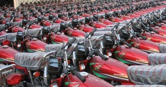 غریب کی سواری موٹرسائیکل ایک بار پھر مہنگی
