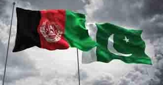 افغانستان کے پاس ڈالر کی کمی ۔۔۔!!! افغانستان کیساتھ تجارت اب ڈالر نہیں بلکہ کس کرنسی میں ہوگی ؟ جانیں