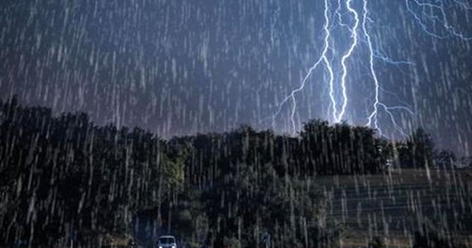 بارش برسانےو الے ایک اورسسٹم کی انٹری۔۔پاکستان میں آج شام سے شدید بارشیں۔۔کون کون سے علاقے جل تھل ایک ہونے والے ہیں؟