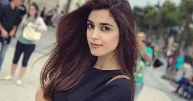 اداکارہ مایا علی کی بولڈ تصاویر وائرل؛ سوشل میڈیا صارفین کا پارہ ہائی