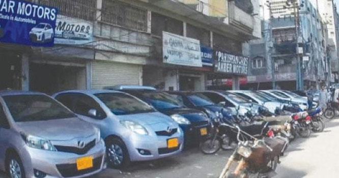 گاڑیوں کی قیمتوںمیں لاکھوں روپے کا اضافہ۔۔ 10لاکھ کی گاڑی 16لاکھ کو پہنچ گئی، 15لاکھ والی 25لاکھ تک جا پہنچی